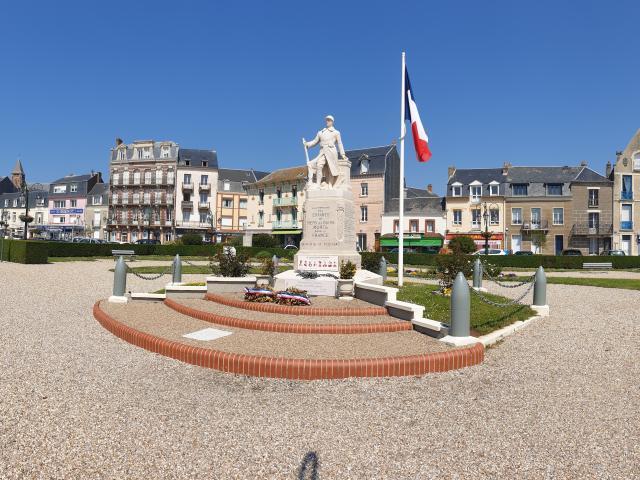 Centre Ville Mers Les Bains Monuments Aux Morts