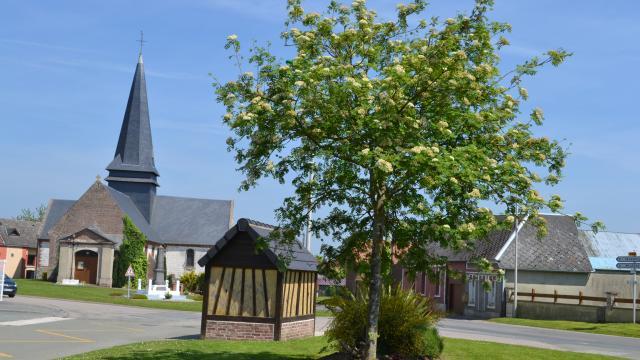 Destination Le Treport Mers Monchy Sur Eu Eglise Village